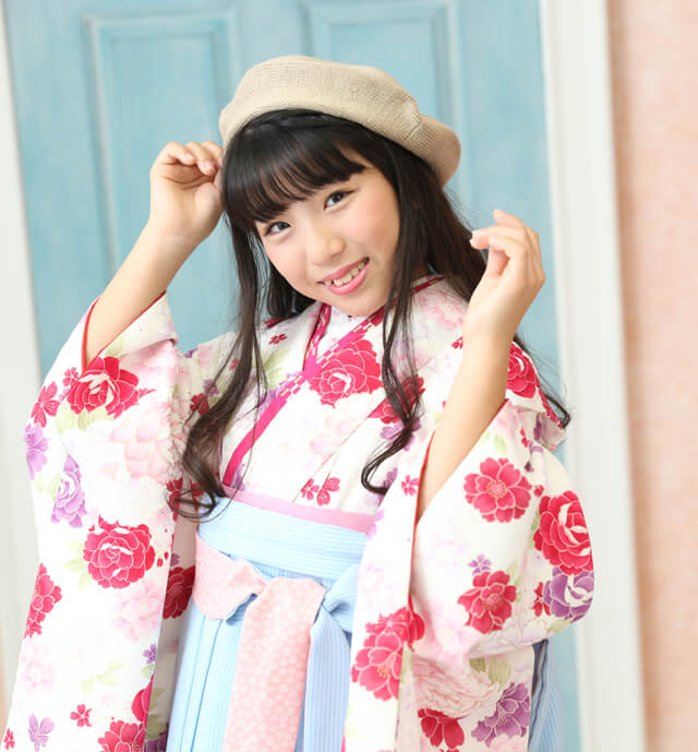 小学生卒業袴の写真